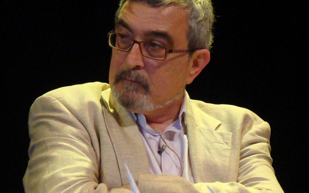 El profesor de la UVa Enrique Delgado recoge en una guía las 217 especies que ocupan los espacios verdes de Palencia